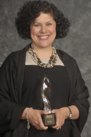 Andrea Lekushoff, présidente, Broad Reach Communications. Prix d'excellence Or en rédaction. (Groupe CNW/Canadian Public Relations Society)