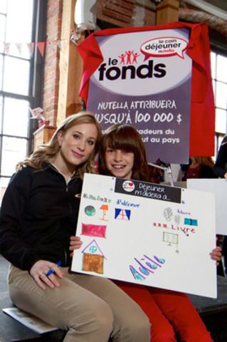 Nutella et Joannie Rochette se sont réunis ce matin pour révéler d'importantes données du Rapport canadien sur le déjeuner, et pour annoncer le lancement du Fonds Le Coin déjeuner Nutella, Montréal le 19 septembre 2012. (Groupe CNW/Le Coin déjeuner Nutella)