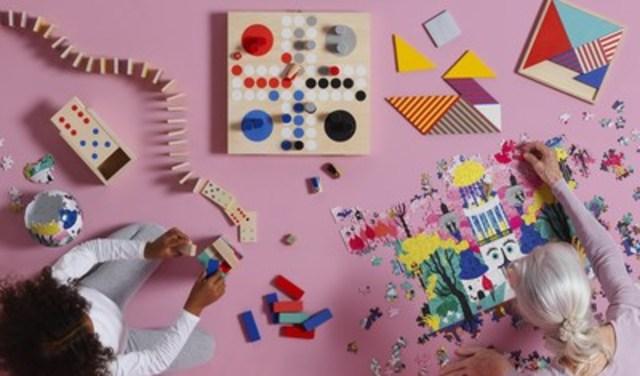 LATTJO, une nouvelle collection axée sur le jeu qui vise à inciter les gens à jouer ensemble, disponible chez IKEA en Novembre (Groupe CNW/IKEA Canada)