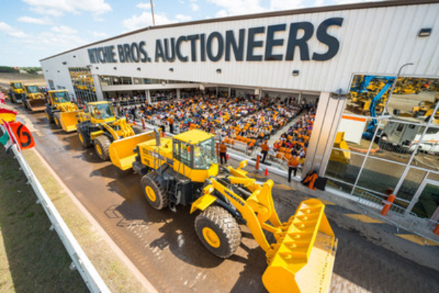 More than 301,000 equipment items were sold by Ritchie Bros. in 2013 (CNW Group/Ritchie Bros. Auctioneers)