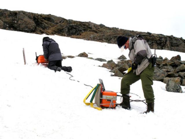 Relance du Plan Nord : Le gouvernement du Québec vise le développement équilibré des ressources du nord. (Groupe CNW/Association de l'exploration minière du Québec (AEMQ))