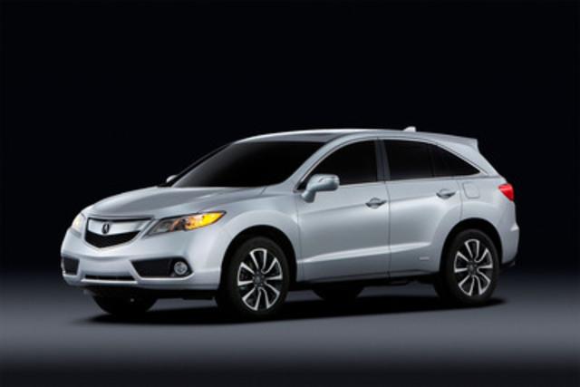 Acura procède au lancement du tout nouveau multisegment RDX 2013, au Salon international de l'auto de Montréal(Groupe CNW/Acura Canada)