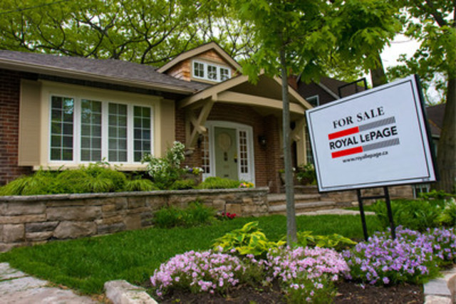 Pace of House Price Inflation in Toronto and Vancouver to Return to Earth in 2016 (CNW Group/Royal LePage Real Estate Services)
