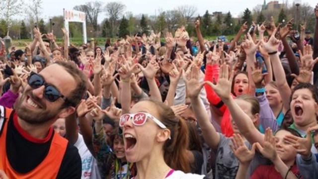 Ce matin, 680 jeunes de Limoilou participent à la finale du Marathon de la Jeunesse Québecor. (Groupe CNW/Québecor)
