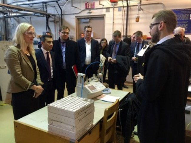 On March 3, 2016, Minister McKenna visited UBC's Clean Energy Research Centre and the Centre for Interactive Research on Sustainability. (CNW Group/Environment and Climate Change Canada)