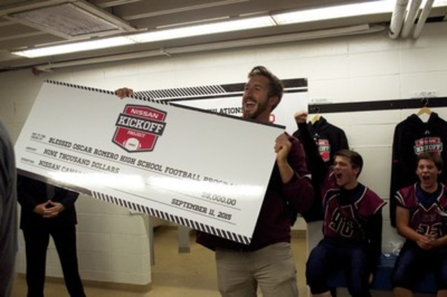 Edmonton's Oscar Romero high school head coach Nick Dagg and students react to receiving much-needed support for their football program from the Nissan Kickoff Project (CNW Group/Nissan Canada Inc.)