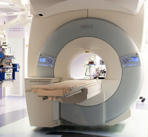 Cook Children's Medical Center in Fort Worth, Texas, is the first U.S. pediatric hospital to offer asleep deep brain stimulation (DBS) surgery to children suffering from dystonia by utilizing technologies from MRI Interventions IMRIS for real-time intraoperative image guidance and procedure visualization. (CNW Group/IMRIS Inc.)