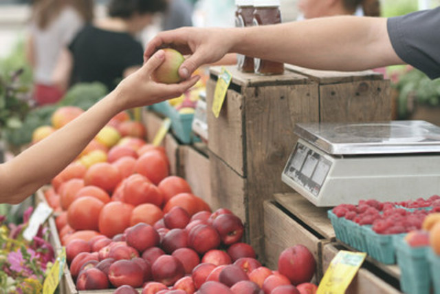 """Shopping and eating locally, supporting local farmers, growers, your local butcher, baker, and markets contributes to the health of our communities not just to each of us physically, but also economically."" (CNW Group/Foodee)"