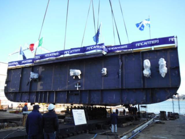 Cérémonie de la pose de la quille de 230 tonnes du navire de la traverse Matane-Baie-Comeau-Godbout(STQ) au chantier naval Ficantieri à Castellammare di Stabia (Italie). (Groupe CNW/Société des traversiers du Québec)