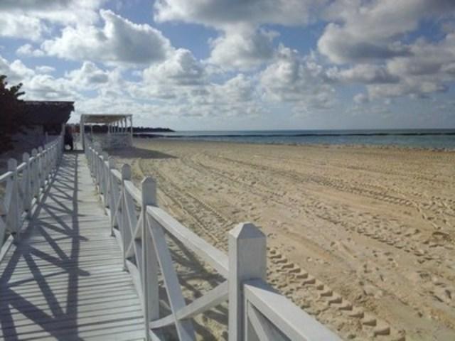 Le Memories Flamenco rehausse sa plage et ses commodités juste à temps pour l'hiver (Groupe CNW/Memories Resorts & Spa)