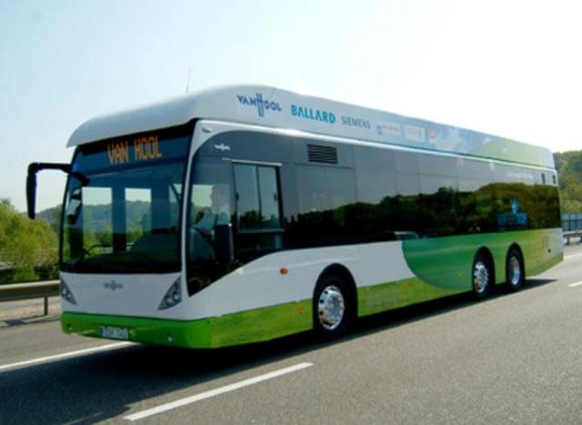 Van Hool bus powered by Ballard FCvelocity(TM)-HD6 fuel cell module (CNW Group/Ballard Power Systems Inc.)