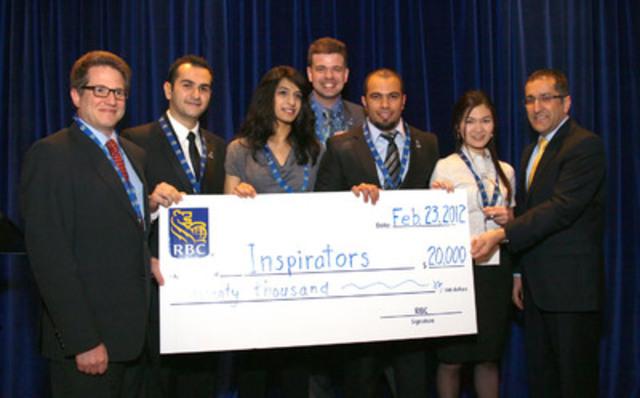 Les lauréats du défi Prochain grand innovateur 2012 de RBC, les « Inspirators », reçoivent leur prix de 20 000 $. (Groupe CNW/RBC (French))
