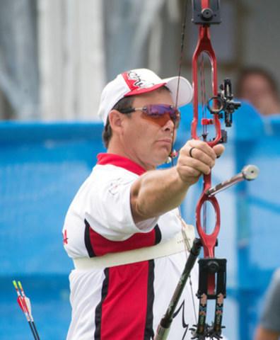 Tir à l'arc Canada et le Comité paralympique canadien ont annoncé la mise en nomination de deux athlètes de tir à l'arc avec plusieurs Jeux d'expérience pour la sélection dans Équipe Canada pour les Jeux paralympiques de septembre à Rio. Karen Van Nest, de Wiarton, en Ontario, participera, à Rio, à ses cinquièmes Jeux paralympiques tandis que pour Kevin Evans, de Jaffray, en C.-B., Rio sera ses troisièmes Jeux paralympiques. Evans est double champion du monde (2007 et 2009) et il a gagné une médaille d'or aux Jeux parapanaméricains de Guadalajara 2011. (Groupe CNW/Comité paralympique canadien (CPC))