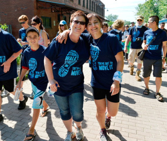 Thousands across Canada took part in today's Walk to Fight Arthritis, raising funds for research, education and programs to help people live well with arthritis. (CNW Group/Arthritis Society)