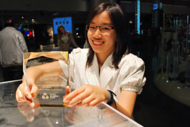 Eden Full, winner of the 2009 Weston Youth Innovation Award. (CNW Group/Ontario Science Centre)