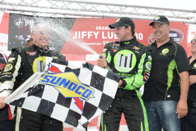 Le pilote de Roxton Pond et double champion de la série en était à sa première course de la saison en NASCAR Canadian Tire et a mené sa Dodge no 27 La Cité de Mirabel Inc. jusqu'au drapeau quadrillé. (Groupe CNW/La Cité de Mirabel inc)