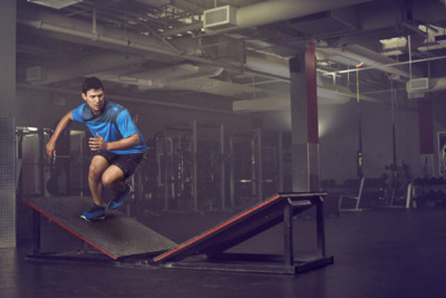 NHL MVP Carey Price is featured in an electric new campaign from Under Armour, designed to bring the global performance brand's new Charged Cushioning™ footwear technology to life. The ad features training scenes in which Price literally pulls energy from the ground with each stride or change of direction, resulting in power outages all around him. (CNW Group/Under Armour, Inc.)