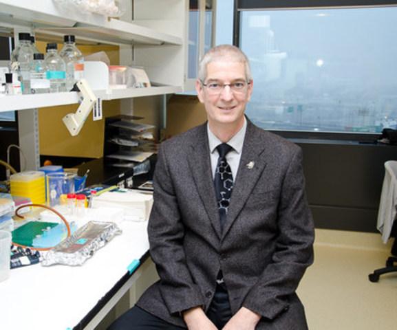 Dr René St-Arnaud, Ph. D., directeur de la recherche, Hôpitaux Shriners pour enfants – Canada, et premier titulaire de la Chaire de recherche Francis Glorieux sur les maladies musculo-squelettiques pédiatriques (Groupe CNW/Hôpital Shriners pour enfants)