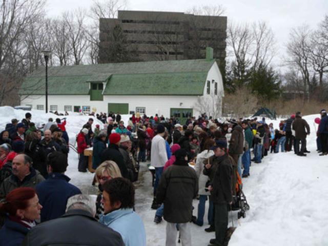 Du 14 au 29 mars, la traditionnelle Cabane à sucre du parc animera le magnifique parc du Bois-de-Coulonge, situé au 1215, Grande Allée Ouest, à Québec. © Alain Gilbert (Groupe CNW/Commission de la capitale nationale du Québec (CCNQ))