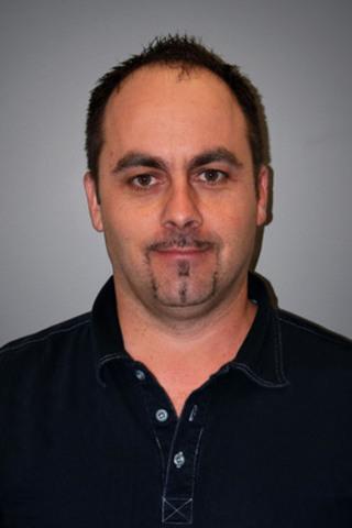M. Mainville est responsable des opérations commerciales ainsi que du développement des affaires chez Manac pour la région de Montréal incluant la Rive-Nord. M. Mainville est disponible et rattaché au bureau de ventes de Boucherville. Il peut être rejoint au numéro 800.361.7900. (Groupe CNW/Manac Inc.)