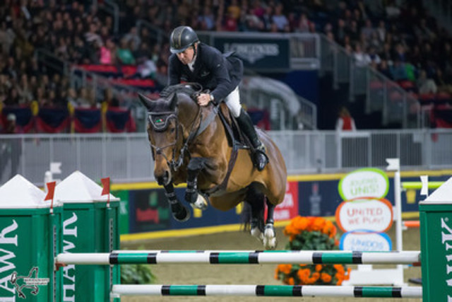 2016 Olympic champions Nick Skelton and Big Star jumped to third place in the $130,270 Longines FEI World Cup™ Jumping Toronto at the the CSI4*-W Royal Horse Show in Toronto, ON. (Photo by Ben Radvanyi Photography) (CNW Group/Royal Agricultural Winter Fair)