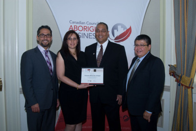 Fortune Minerals employees, Bill Shepard and Sherry Tunks, receive an award on behalf of the Company from the Canadian Council for Aboriginal Business for achieving the Committed level of the Progressive Aboriginal Relations (PAR) program. (CNW Group/Fortune Minerals Limited)