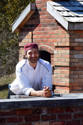 Chef Roberto Fracchioni named Head Chef of cabin and Adamo Estate Winery (CNW Group/Hockley Valley Resort)