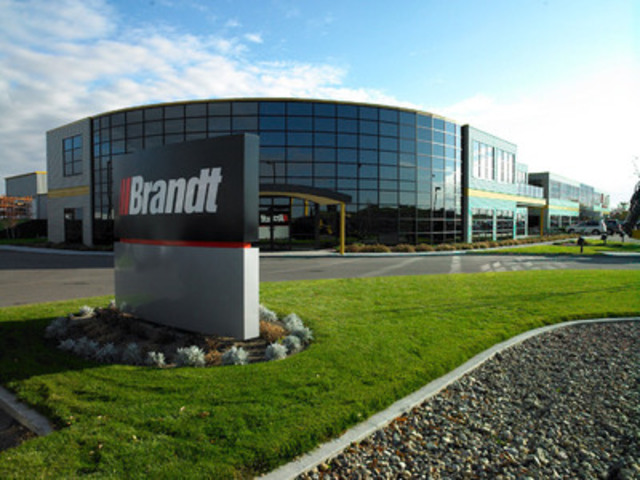 Brandt honoured at inaugural Private Business Growth Awards (CNW Group/Brandt Tractor Ltd.)