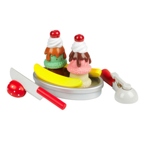 Ice Cream Play Set (13 pc.) $24.99 compare at $35 (CNW Group/Winners)