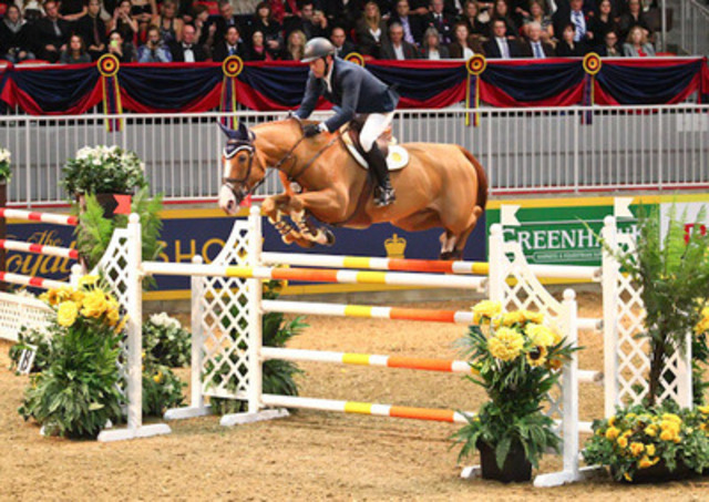 Yann Candele and Showgirl claimed the Greenhawk Canadian Cup for a record fourth time at the Royal Horse Show, Toronto (CNW Group/Royal Agricultural Winter Fair)
