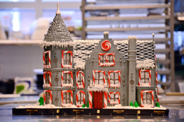 For a chance to win Brian Gluckstein's one-of-a-kind custom gingerbread house, place your bid starting December 10 though the Children's Aid Foundation online auction www.cafdn.org/gingerbread (CNW Group/Children's Aid Foundation)