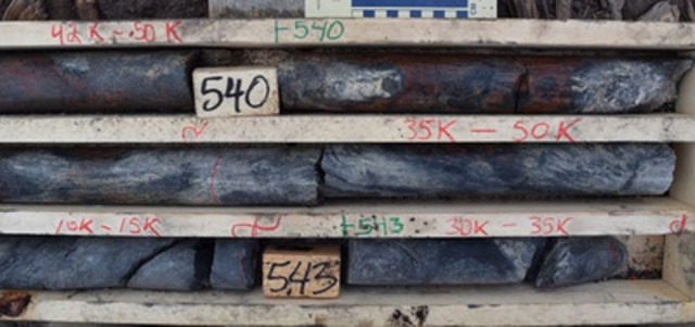 Photo 5: AR-14-30 - Semi-Massive Pitchblende Mineralization with Redox Fronts at 540.0 m (CNW Group/NexGen Energy Ltd.)