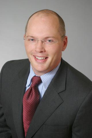 Mike Henry, premier vice-président et chef, Paiements, dépôts et crédit aux particuliers de la Banque Scotia (Groupe CNW/Banque Scotia - Produits et Services)