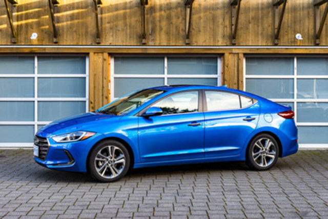 On March 22, 2016, the 500,000th Hyundai Elantra vehicle was sold in Canada. It was a 2017 Elantra GL and delivered to a customer in Montreal, Quebec. (CNW Group/Hyundai Auto Canada Corp.)