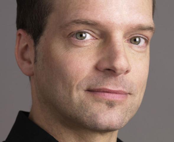 Gilber Paquette, directeur général et directeur marketing (Groupe CNW/Hebdos Québec)