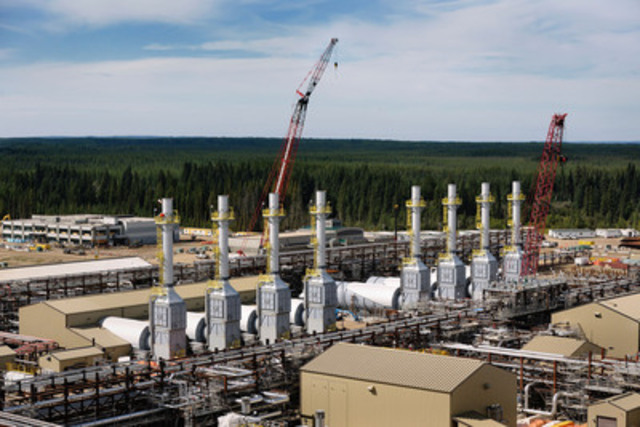 Expansion work continues at Cenovus Energy's Christina Lake oil sands operation. (CNW Group/Cenovus Energy ...