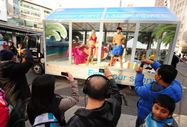 """The Greater Fort Lauderdale Beach Mobile made a splash at Yonge - Dundas Square for the """"Defrost Your Swimsuit"""" Event. (CNW Group/Greater Fort Lauderdale)"""