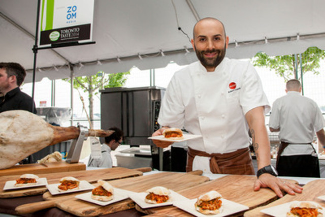 Chef Rob Gentile, Buca, Toronto Taste 2014. Photo credit: Seb Petrescu (CNW Group/Second Harvest)