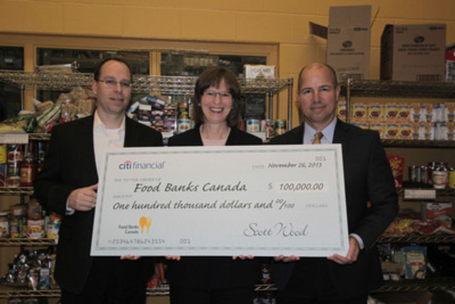 Left: Bradford Scott - Senior Vice President, CitiFinancial Canada, Inc., Centre: Katharine Schmidt - Executive Director, Food Banks Canada, Right: Scott Wood - President, CitiFinancial Canada, Inc. (CNW Group/Food Banks Canada)