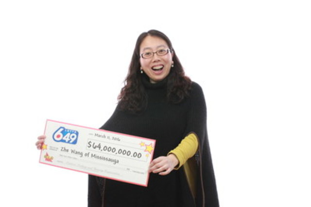 Zhe Wang of Mississauga has won the largest jackpot ever in the history of Canadian lottery. Zhe held the single winning ticket for the $64 million jackpot from the October 17, 2015 LOTTO 6/49 draw. (CNW Group/OLG Winners)