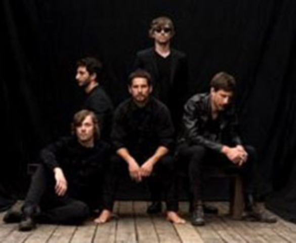 Canadian singer-songwriter Sam Roberts is nominated for three awards at this year's MMVAs! Known for performing in some of the most prestigious music festivals, Sam Roberts will be hitting the stage at the 2014 MMVAs. (CNW Group/Much)
