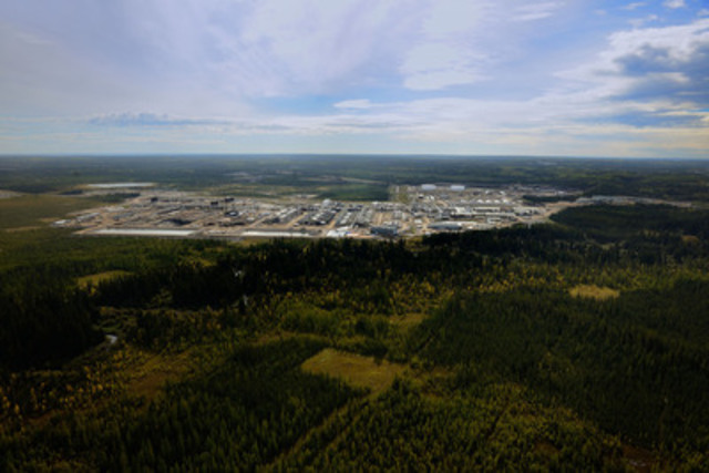 Cenovus's Christina Lake oil sands operation in northern Alberta (CNW Group/Cenovus Energy Inc.)