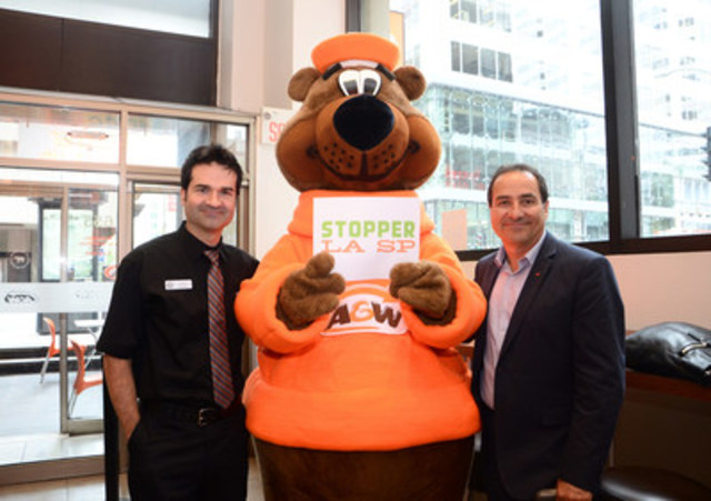 "Louis Adam, Executive Director, MS Society, Quebec Division (right) and Alain, the face of the latest A&W ad campaigns, also known as ""Mr. A&W"" (left). (CNW Group/Société canadienne de la sclérose en plaques, Division du Québec)"