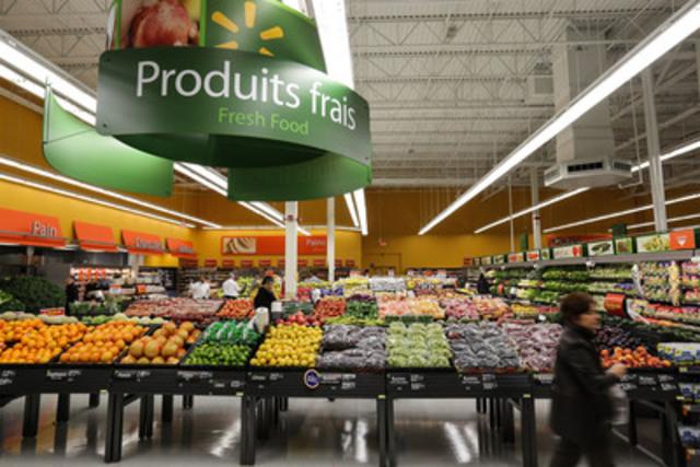 Fresh produce Walmart 2075 Chomedy boulevard, Laval (CNW Group/Walmart Canada)