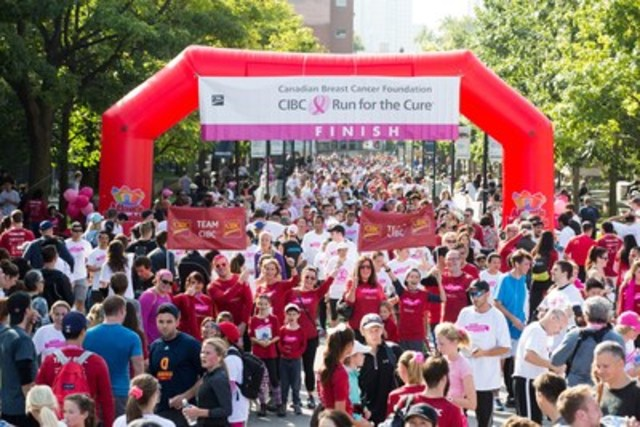 Thousands of Canadians participated in the CIBC Run for the Cure in 60+ communities across the country. (CNW Group/CIBC)