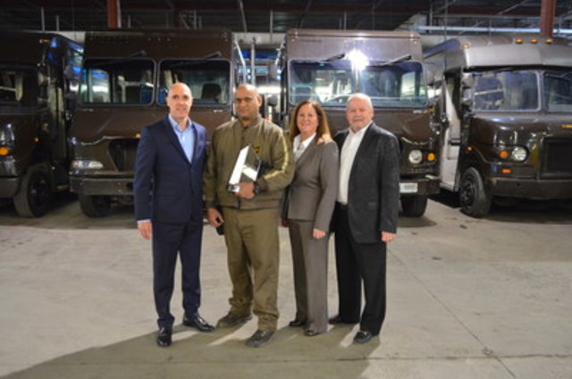 On Friday April 8, UPS Canada service provider, Richard Ramdathsingh received the Liberty Mutual Life Saver Award in Mississauga, ON. Liberty Mutual presents the Life Saver Awards annually to individuals who have acted beyond the regular duties of their occupations to save a life. In November 2015, Richard witnessed a two vehicle collision and was first on scene to assist both drivers to safety before the Emergency Response Team arrived. From left to right, Christoph Atz, president of UPS Canada, Richard Ramdathsingh, service provider, UPS Canada, Rita Grikinis, assistant vice-president casualty risk control, Liberty International Underwriters and Raymond Mercuri, risk control consultant casualty risk control, Liberty International Underwriters. (CNW Group/UPS Canada Ltd.)