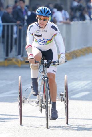 OTTAWA - Le 11 fév. 2015 - Le Comité paralympique canadien est enchanté de féliciter la cycliste paralympique Shelley Gautier pour l'annonce, aujourd'hui, de sa nomination pour le prestigieux prix mondial Laureus de la personnalité sportive de l'année ayant un handicap, reconnaissant ses réalisations sportives en 2014. (Groupe CNW/Comité paralympique canadien (CPC))