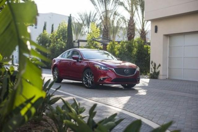 La Mazda6 2017 reçoit la mention « meilleur choix sécuritaire plus » (Groupe CNW/Mazda Canada Inc.)