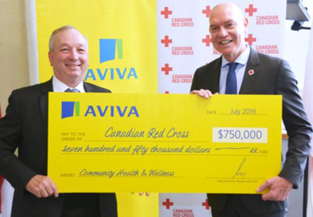 Aviva Canada consolide son partenariat avec la Croix-Rouge canadienne, aux termes d'un accord de parrainage de 750 000 $ sur trois ans pour offrir des services de santé communautaires essentiels aux Canadiens. (De gauche à droite : Greg Somerville, président et chef de la direction d'Aviva Canada et Conrad Sauvé, président et chef de la direction de la Croix-Rouge canadienne) (Groupe CNW/Croix-Rouge canadienne)