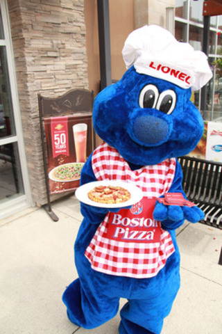 Boston Pizza's mascot, Lionel is out celebrating Boston Pizza's 50th birthday (CNW Group/Boston Pizza International Inc.)
